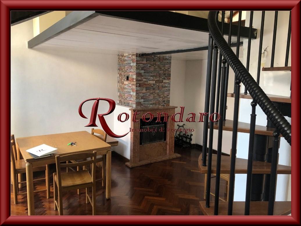 Repubblica, Stazione Centrale  Appartamento in Vendita