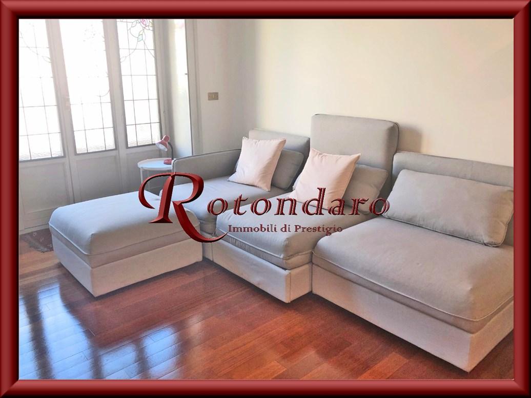 Appartamento in Affitto in Via Disciplini Milano