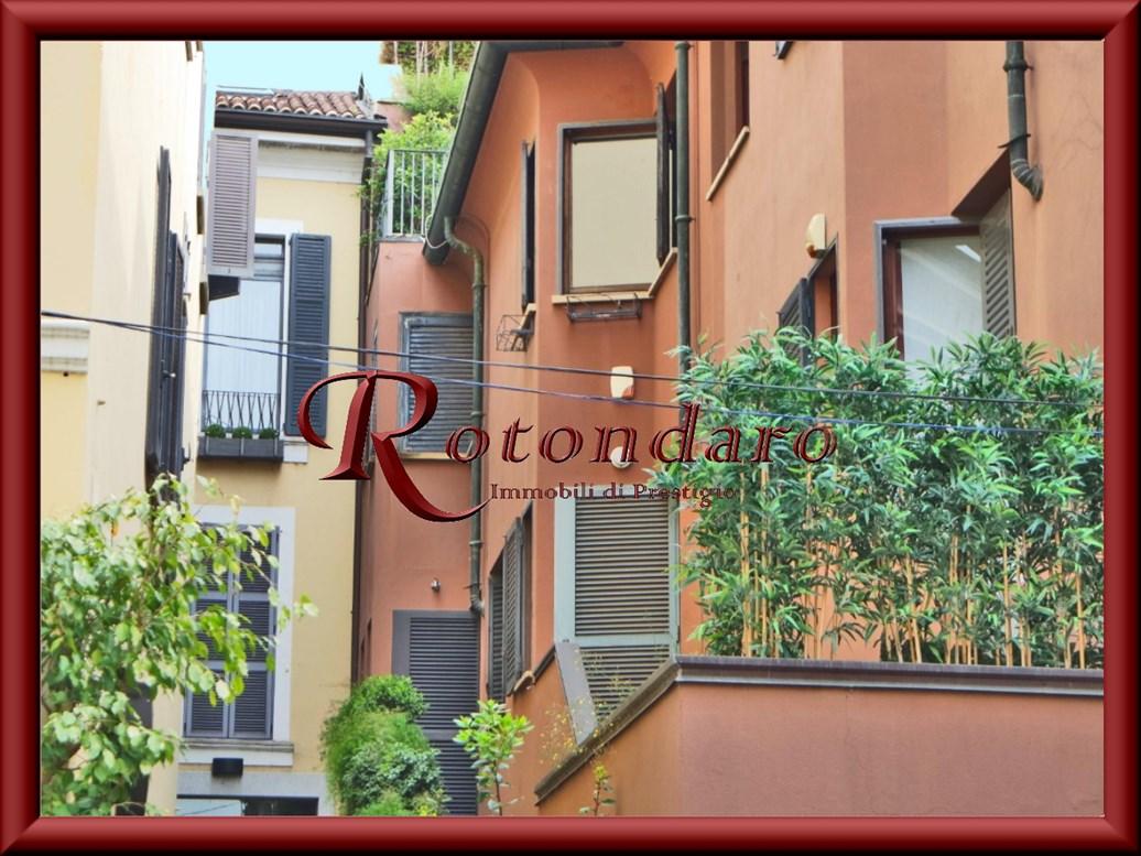 Appartamento in Vendita in Via della Spiga Milano