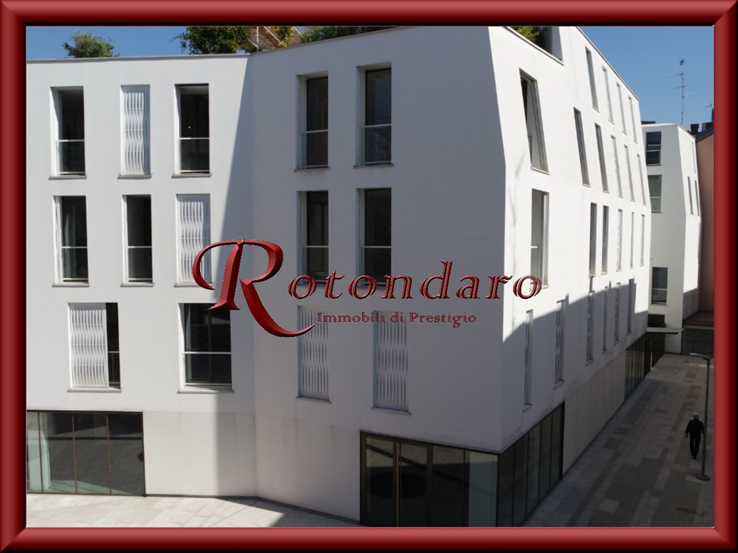 Appartamento in Vendita in Via Gorani Milano