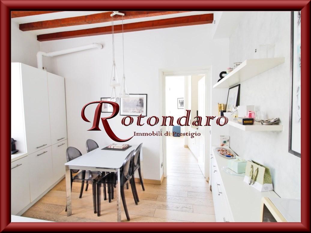 Appartamento in Affitto in Via Terraggio Milano