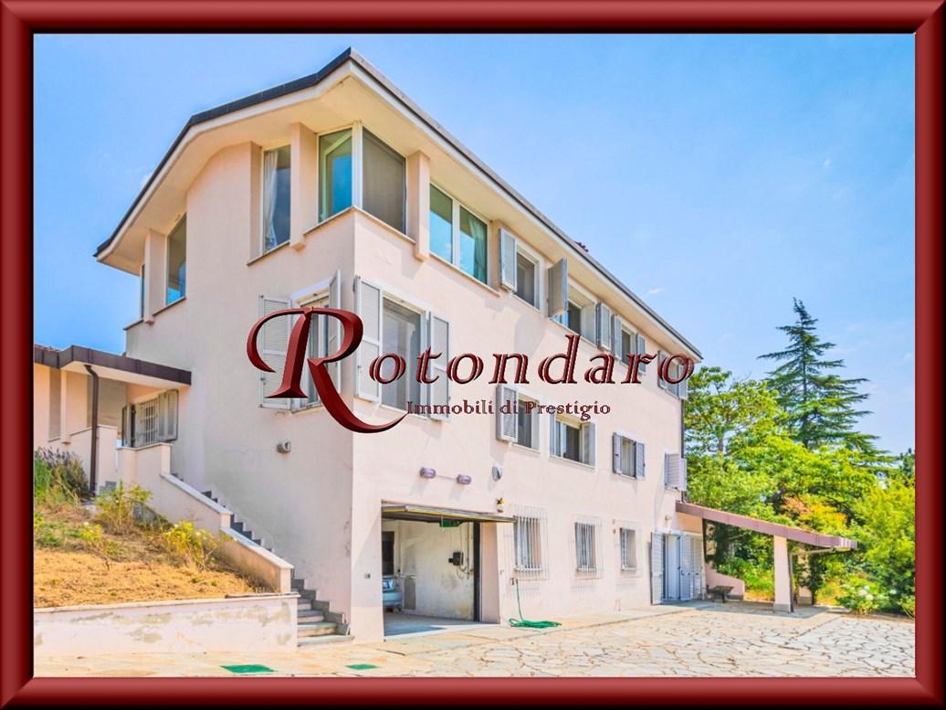San Salvatore Monferrato  Villa in Vendita