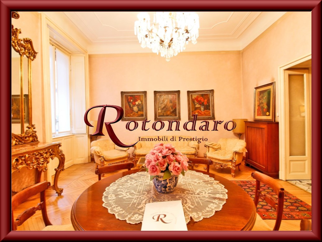 Appartamento in Vendita in Via Ariosto Milano