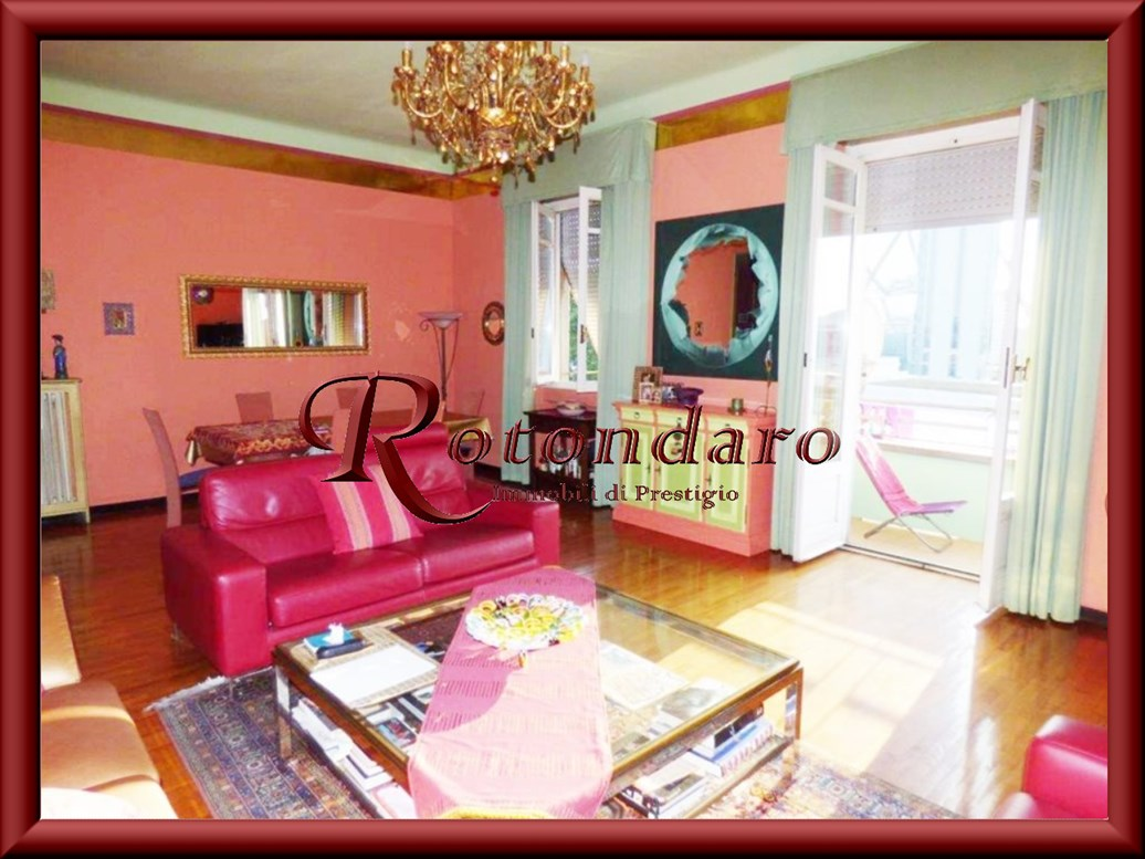 Appartamento in Vendita in Viale Saverio Boezio Milano