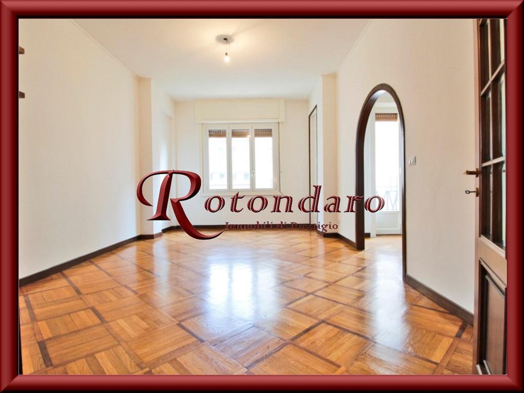 Appartamento in Affitto in Via San Vittore Milano