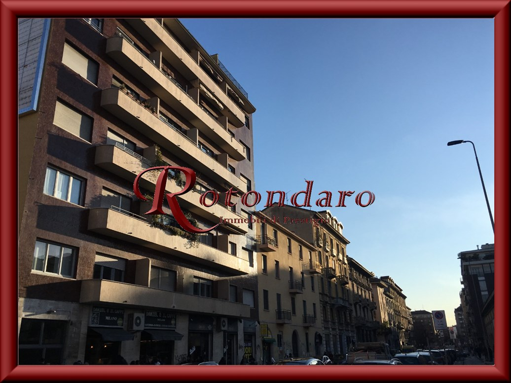, Via Olona , Milano