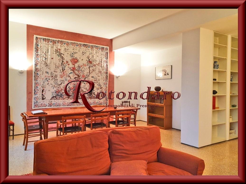 Appartamento in Affitto in Via Filarete Milano