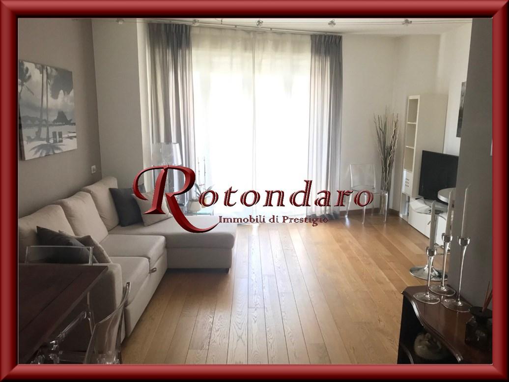 Appartamento in Affitto in Via Trezzo d'Adda Milano