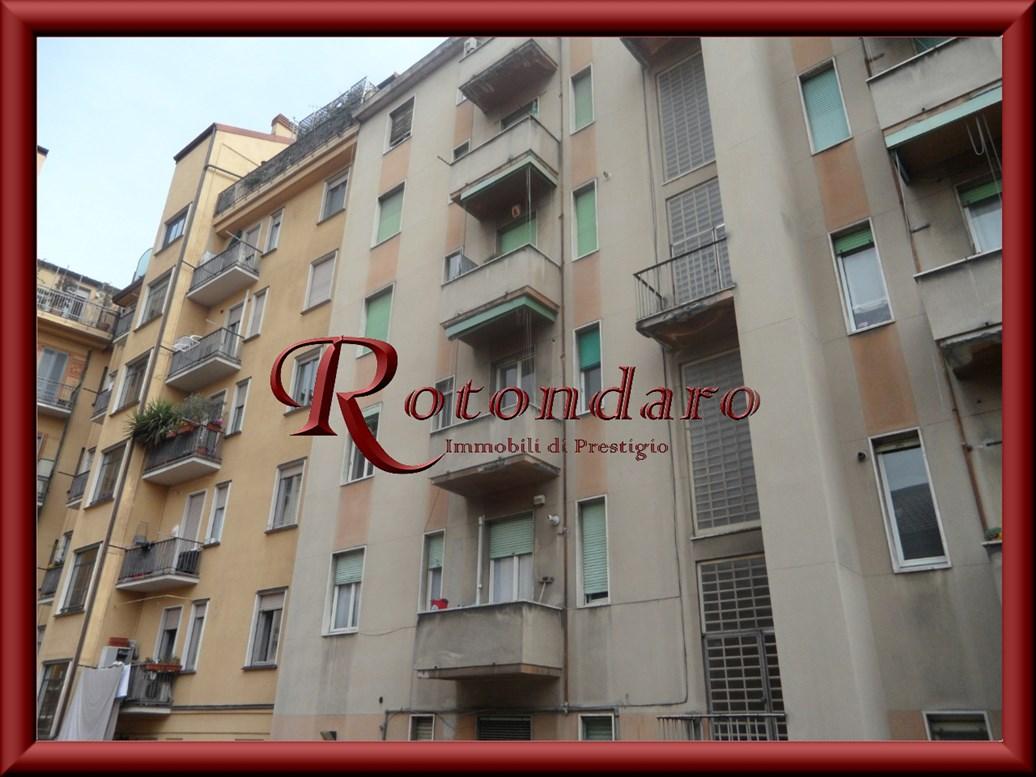 , Via Carroccio, Milano