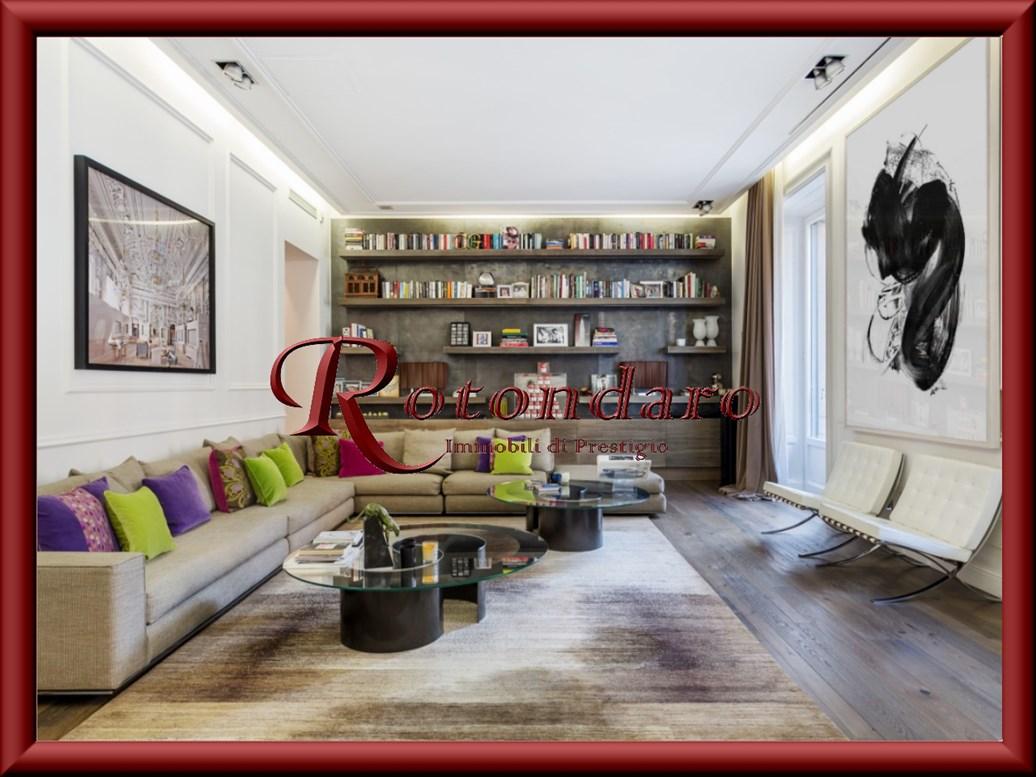 Appartamento in Affitto in Piazza Giovine Italia Milano