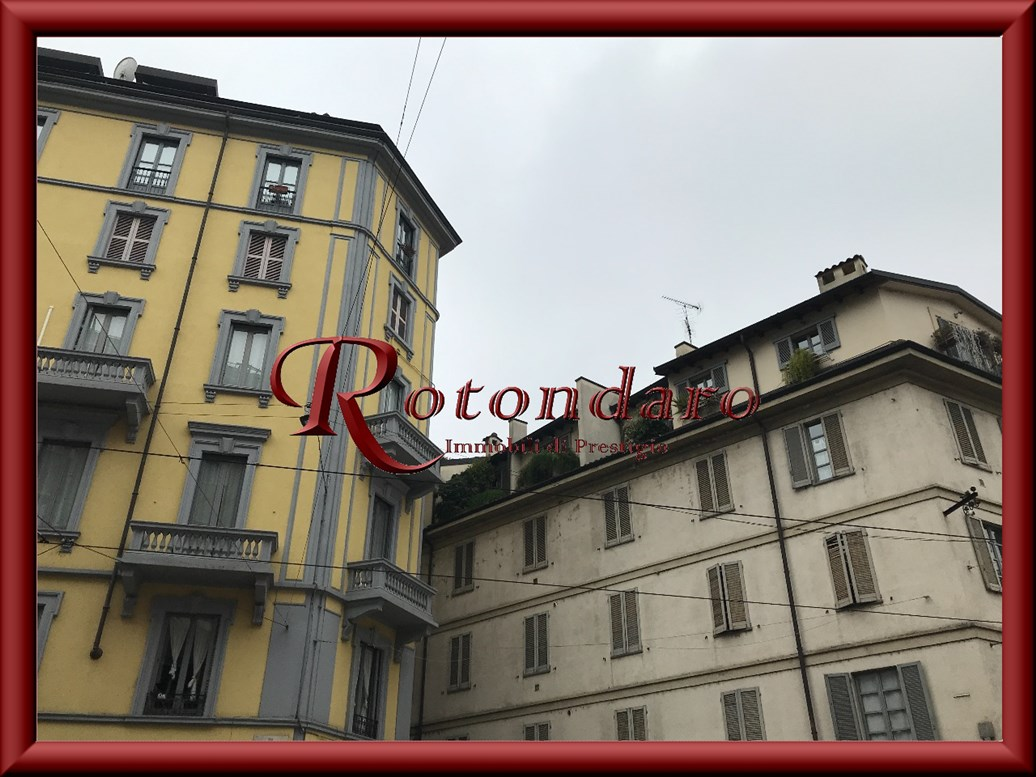 Bocconi, C.so Italia, Ticinese  Negozio in Affitto