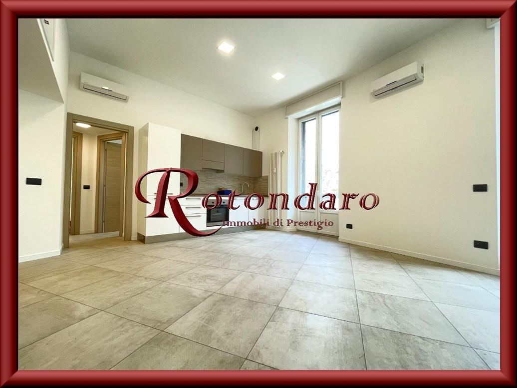 Appartamento in Affitto in Corso Genova Milano