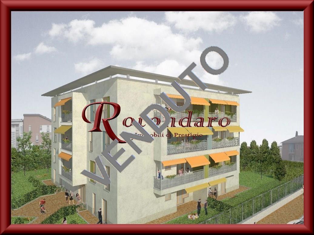 Appartamento in Vendita in Via Valleambrosia Rozzano