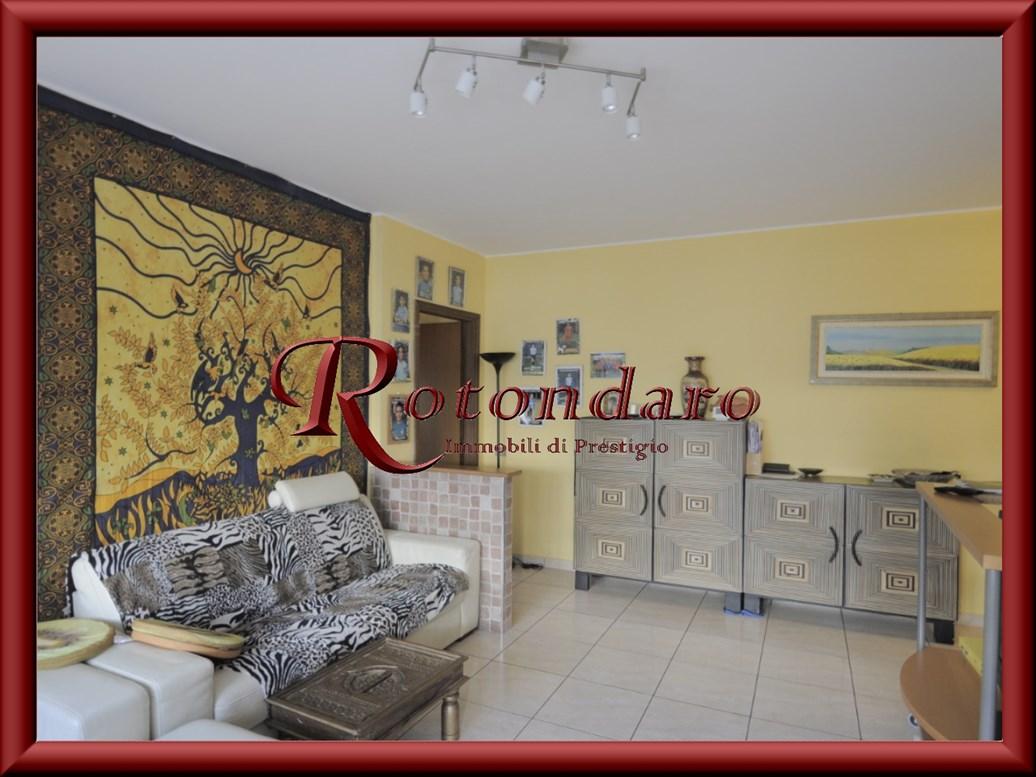 Appartamento in Vendita in Via Gioacchino Rossini 12 Cesano Boscone