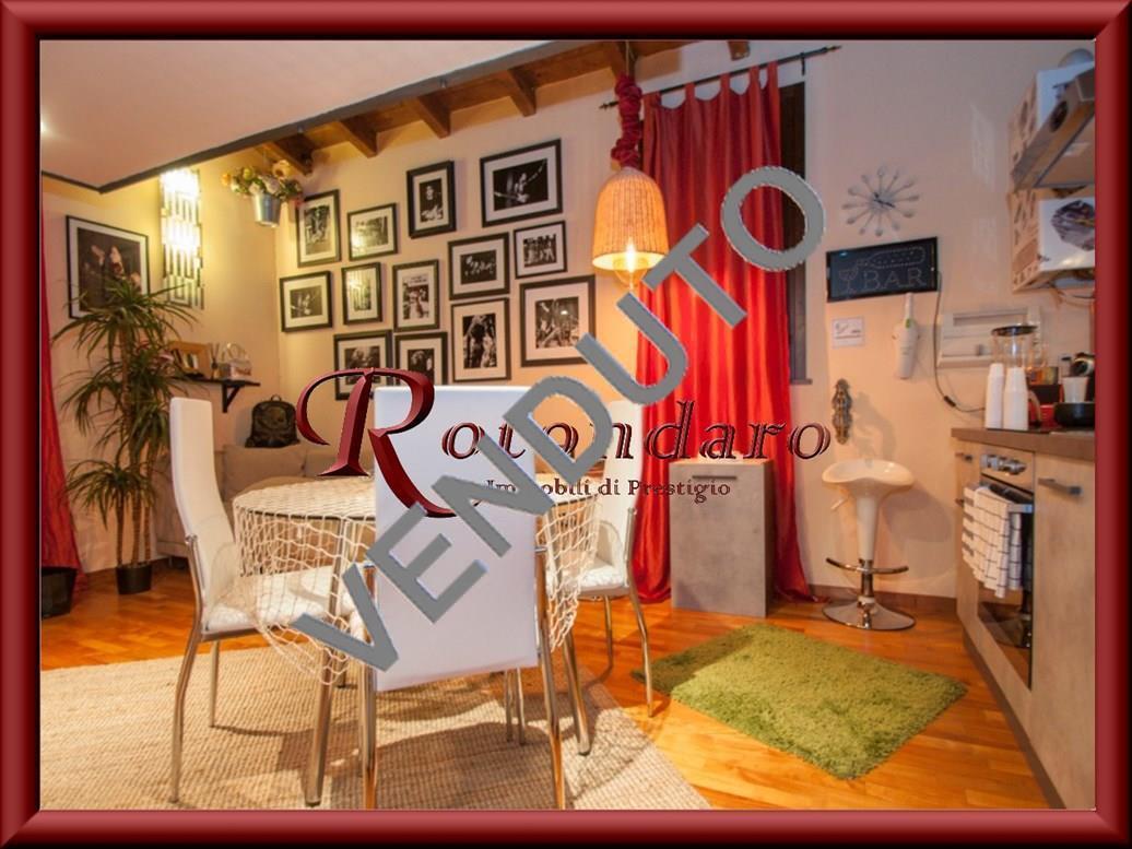 Appartamento in Vendita in Via Brunelleschi Trezzano sul Naviglio