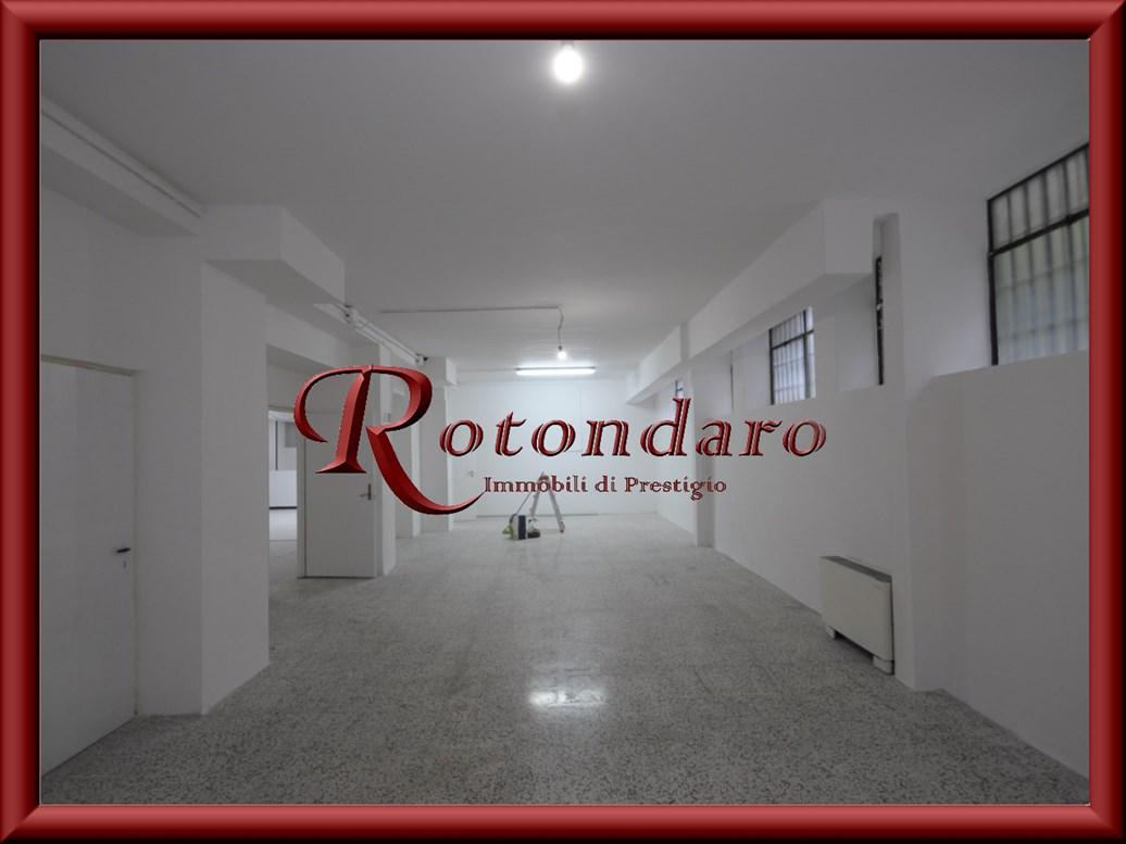 Barona, Giambellino, Lorenteggio  Laboratorio in Affitto