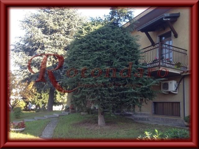 Villa in Vendita in Via Fermi Assago