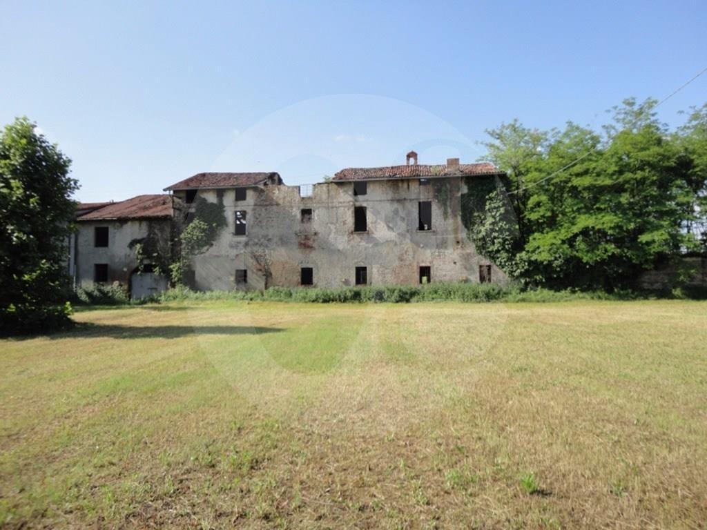 Rustico / Casale in vendita a Roncadelle, 9999 locali, prezzo € 450.000 | CambioCasa.it