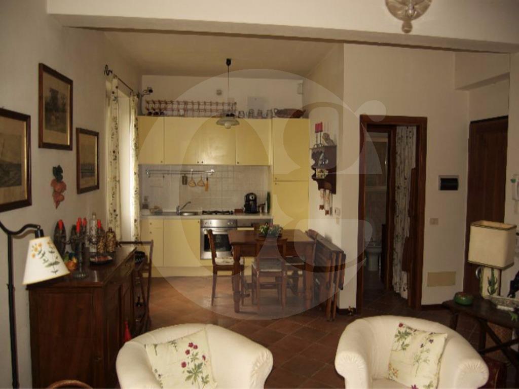 Lago di Garda Soiano trilocale in residence in vendita