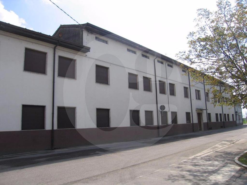 Soncino ex convento in vendita
