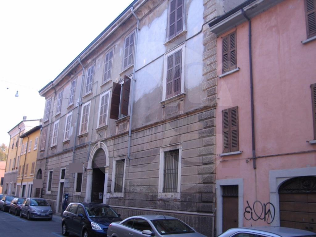 Brescia centro palazzo di fine 800 in vendita