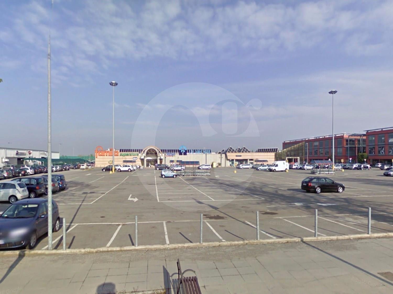 Negozio / Locale in vendita a Manerbio, 3 locali, prezzo € 800.000 | CambioCasa.it