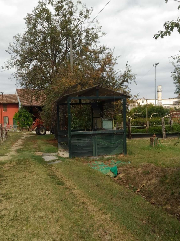 Maneggio in vendita vicinanze Cremona