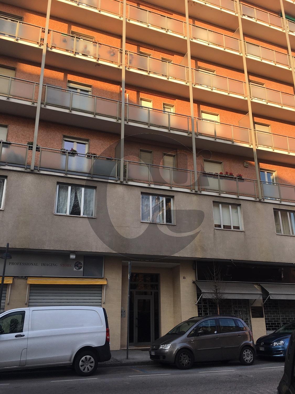 Ufficio / Studio in affitto a Brescia, 3 locali, prezzo € 650   CambioCasa.it