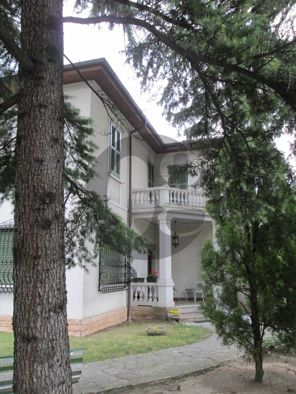 Brescia vicinanze centro villa in vendita