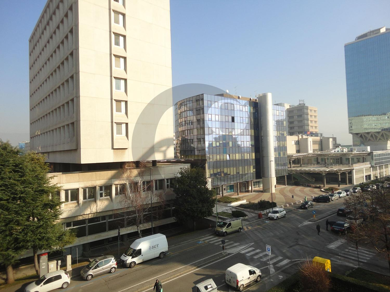 Brescia Due ufficio in locazione
