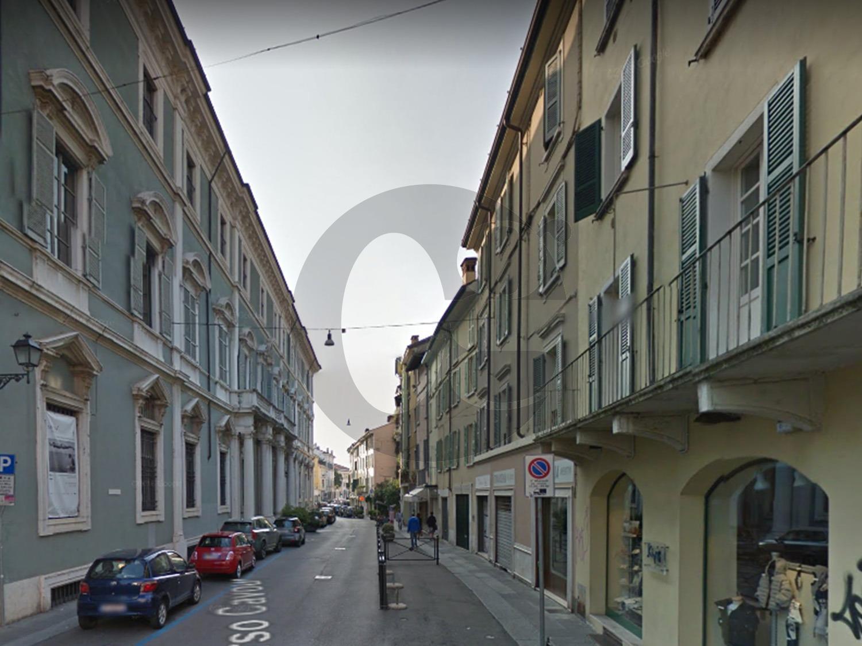 Brescia centro storico negozio in vendita