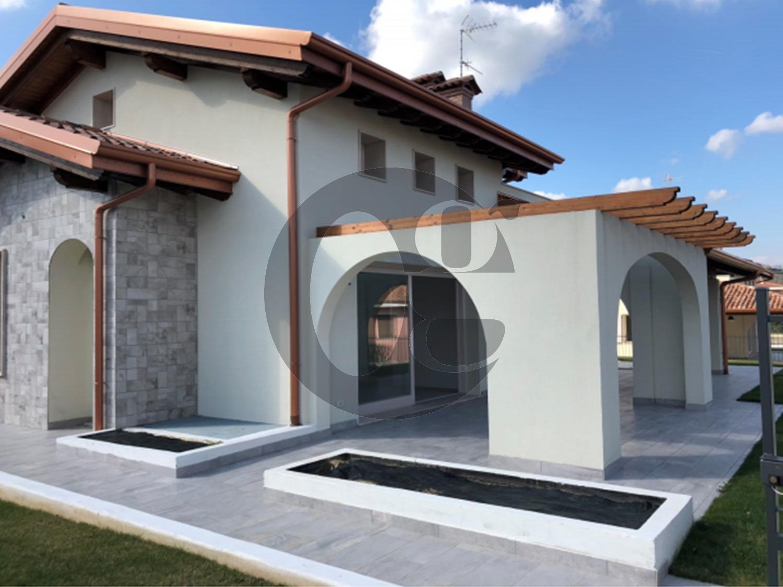 Lago di Garda Lonato nuova villa in vendita