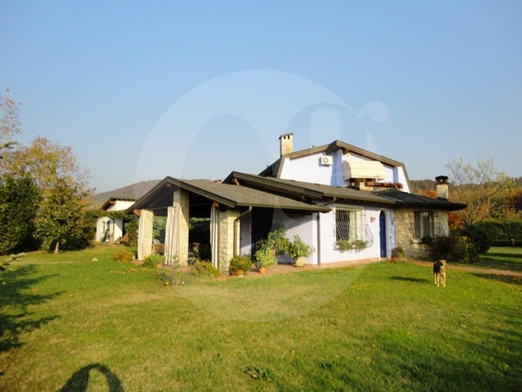 Villa in vendita a Cellatica, 8 locali, Trattative riservate | PortaleAgenzieImmobiliari.it
