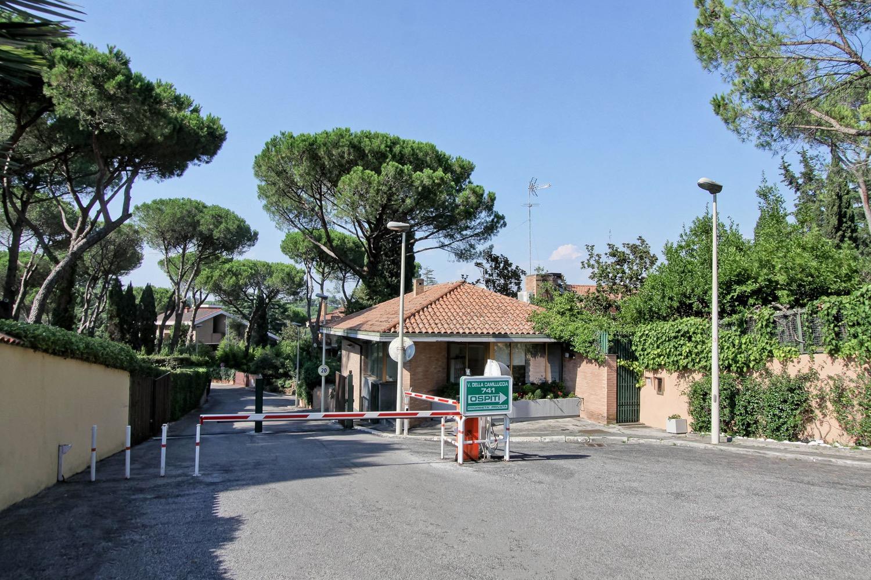 Villa a Schiera in vendita a Roma, 7 locali, zona Zona: 32 - Fleming, Vignaclara, Monte Milvio, prezzo € 1.150.000   CambioCasa.it