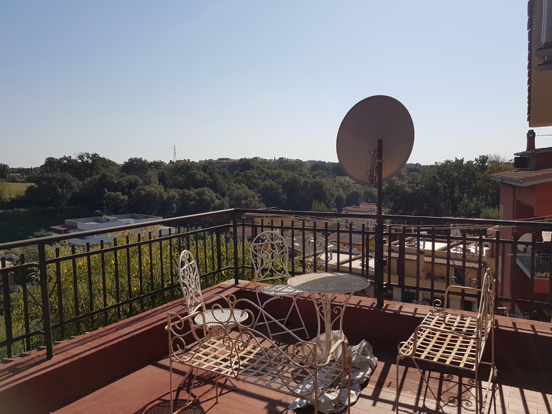 Appartamento in vendita a Roma, 5 locali, zona Zona: 29 . Balduina, Montemario, Sant'Onofrio, Trionfale, Camilluccia, Cortina d'Ampezzo, prezzo € 159.000 | CambioCasa.it