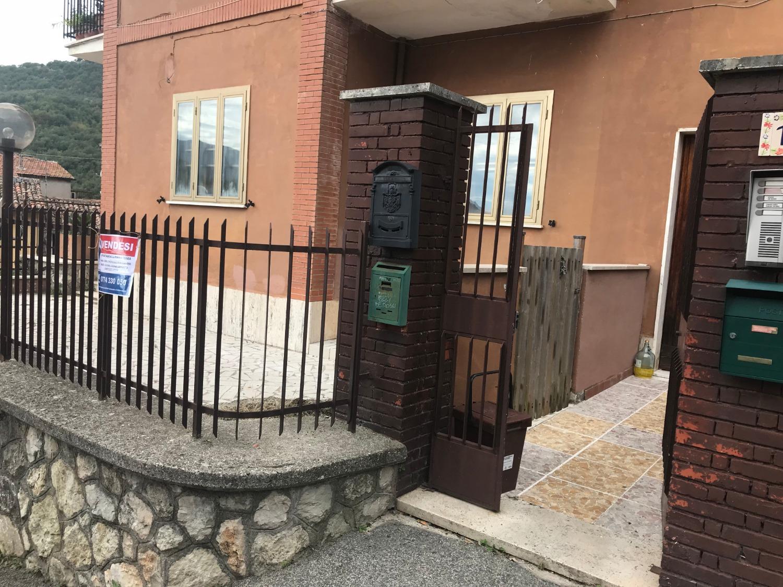 Appartamento in vendita a Sambuci, 2 locali, prezzo € 60.000 | CambioCasa.it