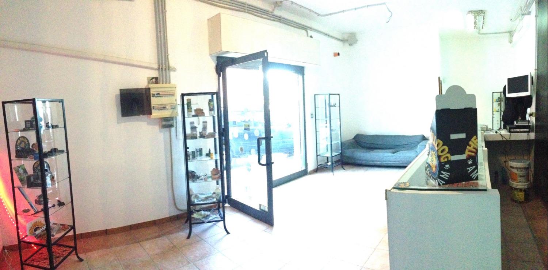 Negozio / Locale in affitto a Roma, 1 locali, zona Zona: 38 . Acilia, Vitinia, Infernetto, Axa, Casal Palocco, Madonnetta, prezzo € 600 | CambioCasa.it
