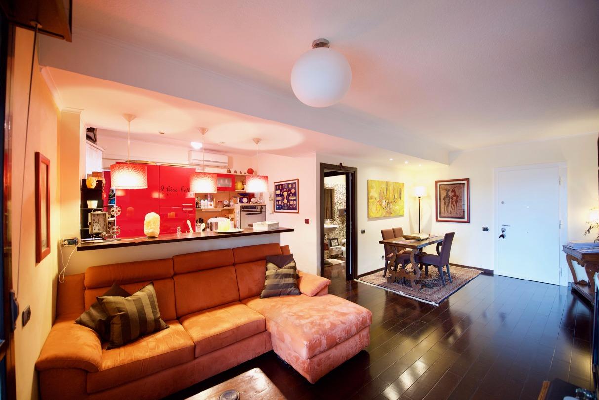 Appartamento in vendita a Roma, 3 locali, zona Zona: 22 . Eur - Torrino - Spinaceto, prezzo € 345.000 | CambioCasa.it
