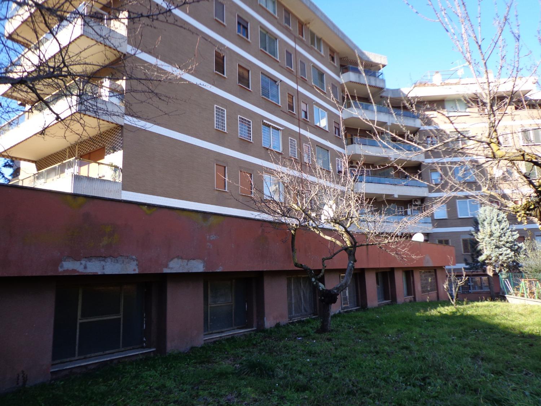 Ufficio / Studio in vendita a Roma, 6 locali, zona Zona: 42 . Cassia - Olgiata, prezzo € 460.000 | CambioCasa.it