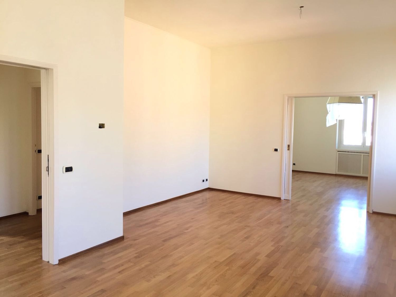 Appartamento in affitto a Roma, 5 locali, zona Zona: 2 . Flaminio, Parioli, Pinciano, Villa Borghese, prezzo € 4.600 | CambioCasa.it