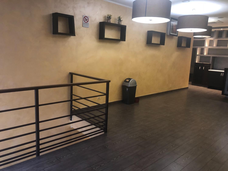 Negozio / Locale in affitto a Roma, 5 locali, zona Zona: 24 . Gianicolense - Colli Portuensi - Monteverde, prezzo € 2.000 | CambioCasa.it
