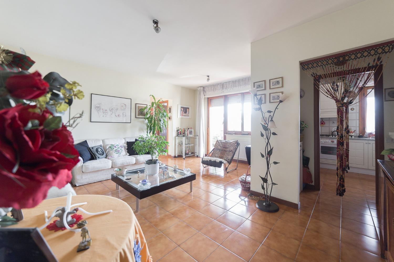 Appartamento in vendita a Roma, 4 locali, zona Zona: 38 . Acilia, Vitinia, Infernetto, Axa, Casal Palocco, Madonnetta, prezzo € 189.000 | CambioCasa.it