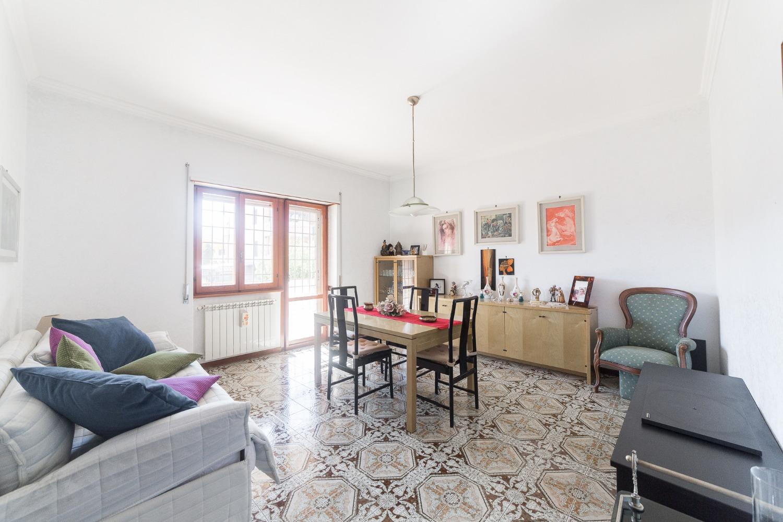 Appartamento in vendita a Roma, 3 locali, zona Zona: 38 . Acilia, Vitinia, Infernetto, Axa, Casal Palocco, Madonnetta, prezzo € 149.000 | CambioCasa.it