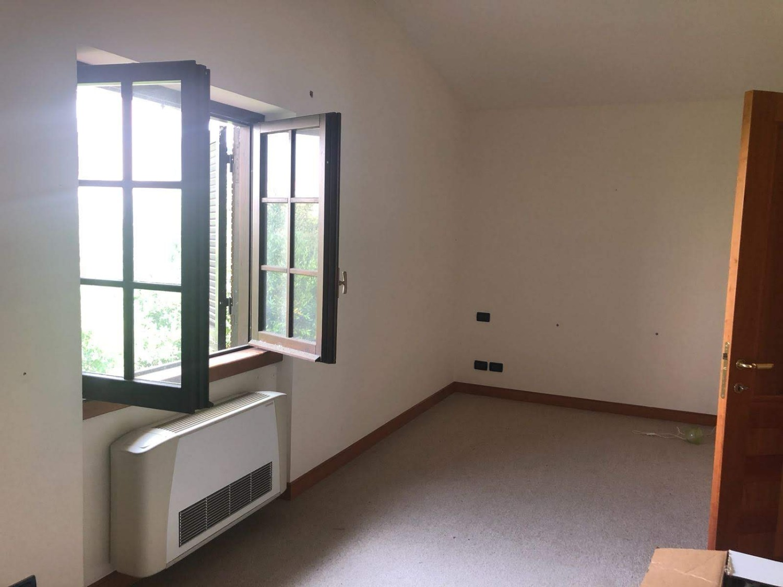 Bravetta -  Villa 9 locali € 1.100.000 T905