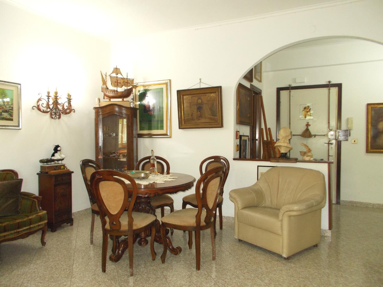 Appartamento in vendita a Ladispoli, 3 locali, prezzo € 139.000   CambioCasa.it