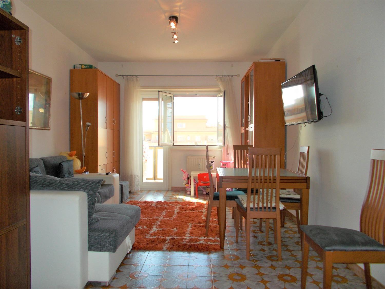 Appartamento in vendita a Ladispoli, 3 locali, prezzo € 169.000   CambioCasa.it