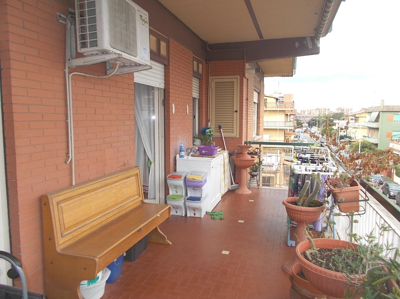 Appartamento in vendita a Ladispoli, 3 locali, prezzo € 129.000   CambioCasa.it