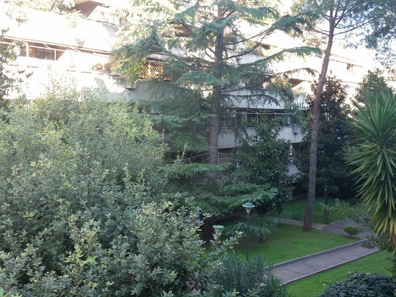 Appartamento in vendita a Roma, 4 locali, zona Zona: 22 . Eur - Torrino - Spinaceto, prezzo € 419.000 | CambioCasa.it