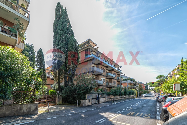 Appartamento in affitto a Roma, 5 locali, zona Zona: 29 . Balduina, Montemario, Sant'Onofrio, Trionfale, Camilluccia, Cortina d'Ampezzo, prezzo € 2.200 | CambioCasa.it