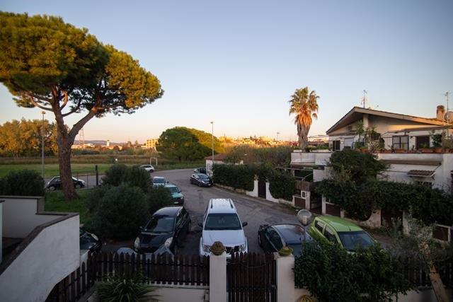Appartamento in vendita a Cerveteri, 3 locali, prezzo € 95.000 | CambioCasa.it